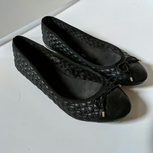 H&M black quilted gold detail ballet flats 9/40